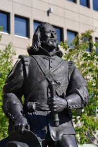 Statue de Champlain à la Place du Portage, Gatineau, Qc 2013